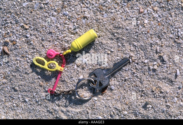 scuba diving tank key chain - Stock Image