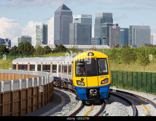 London Overground - ELLP phase 2: The first test train on the track - Stock Image