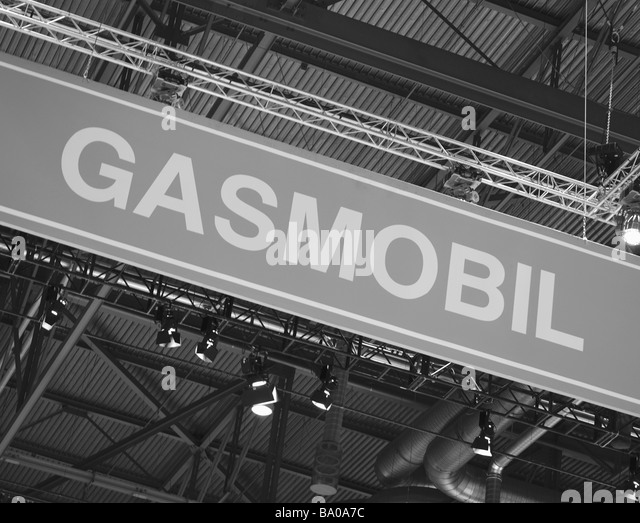 Signage advertising zero emission, hybrid vehicle alternative fuel - Stock Image