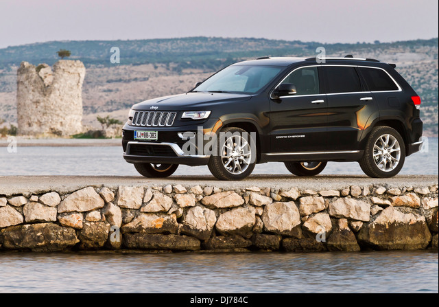 jeep grand cherokee stock photos jeep grand cherokee stock images alamy. Black Bedroom Furniture Sets. Home Design Ideas