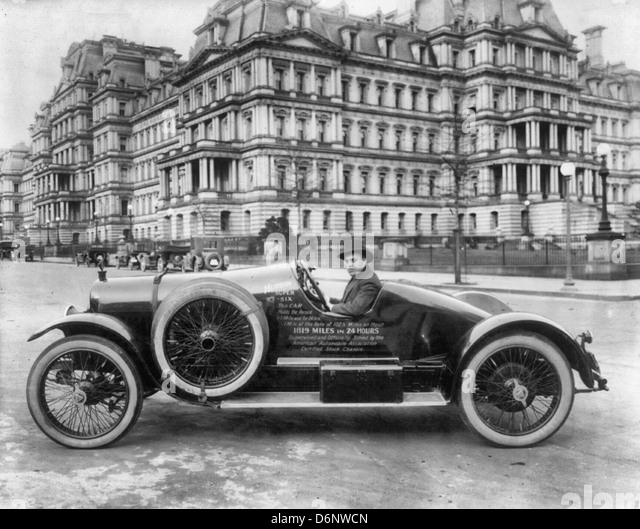 Hudson super six automobile in Washington, D.C., at 17th and Pennsylvania Avenues, N.W., in front of State, War, - Stock Image