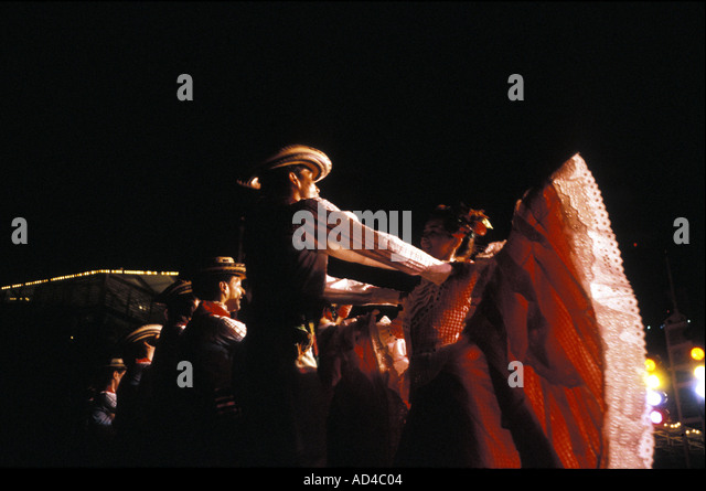 COLOMBIA TRADITIONAL CUMBIA DANCERS CALI - Stock Image