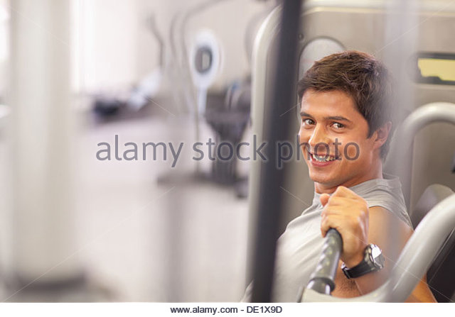 Man working out in gym - Stock-Bilder