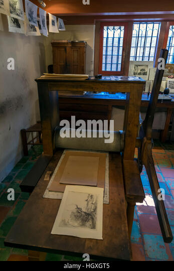 Etchings workshop, printing press, 17th century, Rembrandt House Museum,  Rembrandthuis,  Amsterdam, Netherlands. - Stock Image