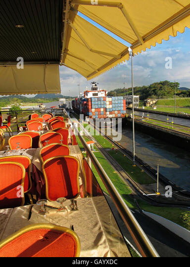 Observation deck and restaurant at the Panama Canal Miraflores locks. - Stock Image