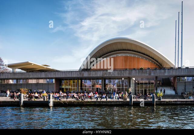 Berlin,Mitte.The HKW {Haus der Kulturen der Welt) .Cultural venue & centre for concerts, conferences & exhibitions. - Stock-Bilder