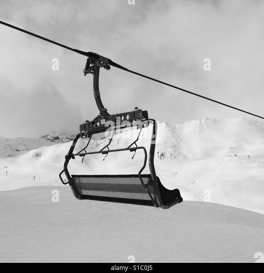 Ski chair lift at Val d'Isere ski area, France - Stock-Bilder