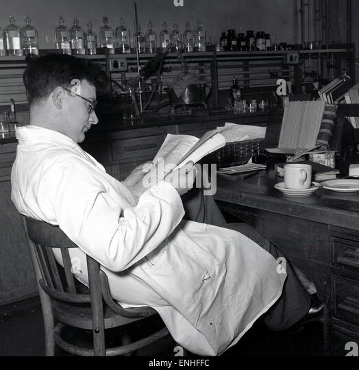 1950s Man At Desk Stock Photos  U0026 1950s Man At Desk Stock