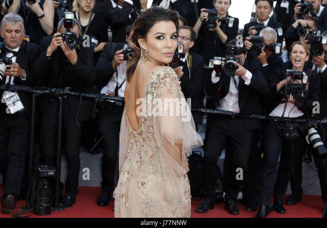 Eva Longoria attending the 'The Killing of a Sacred Deer / Mise à mort du cerf sacré' premiere - Stock-Bilder