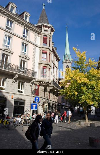 Switzerland Zurich Niederdorf people street cafe in summer outddor - Stock Image