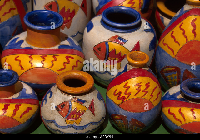 Portugal Algarve Albufiera Rua Dois Reis unglazed ceramics for sale - Stock Image