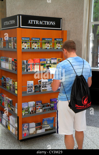 Rhode Island Providence Sabin Street Visitor Information Center centre man kiosk brochures booklets attractions - Stock Image