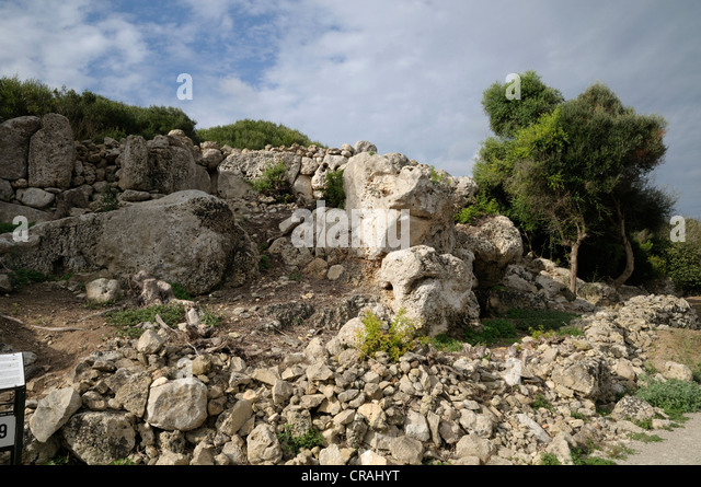 Defence wall, prehistoric site of Torralba d'en Salort, Menorca, Balearic Islands, Spain, Europe - Stock Image