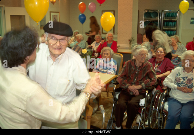 New Jersey Morristown nursing home residents seniors elderly dance aging healthcare wheelchair - Stock Image