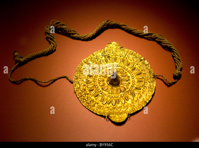 Gold pendant - Asante Peoples, Ghana - Stock Image
