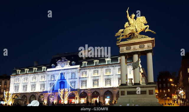 vercingetorix statue stock photos vercingetorix statue stock images alamy. Black Bedroom Furniture Sets. Home Design Ideas