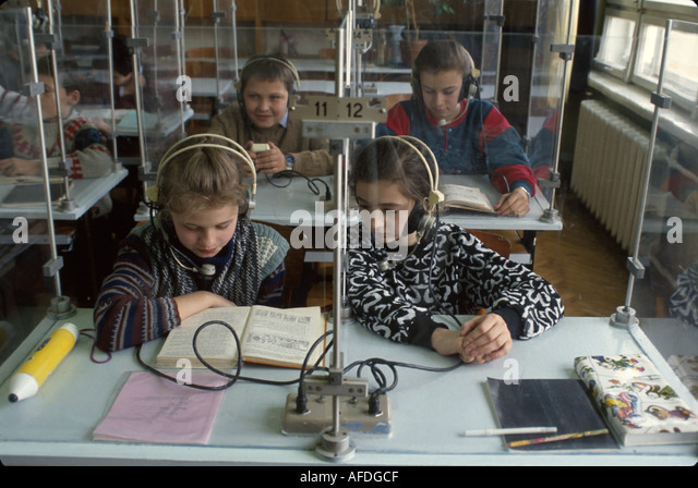 Ukraine L'vov L'viv English class age 13 students language lab education - Stock Image