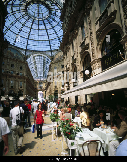 Emanuele Galleria Vittorio Italy Europe people Milan no model release - Stock Image