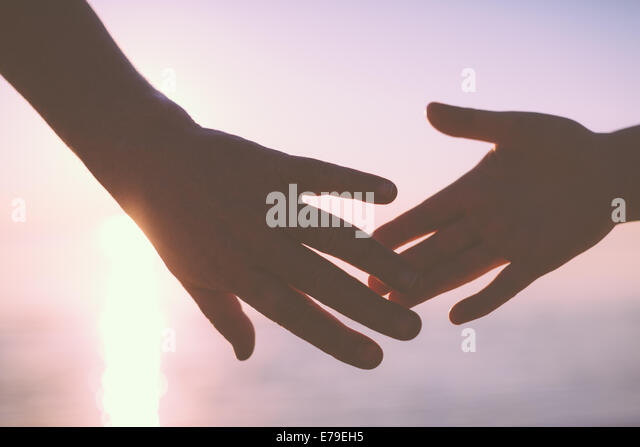 Senior couple holding hands - Stock-Bilder