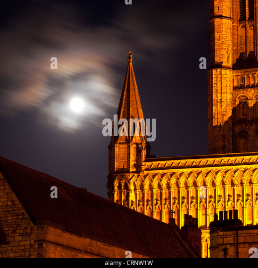 Full moon behind Lincoln Cathedral. - Stock Image