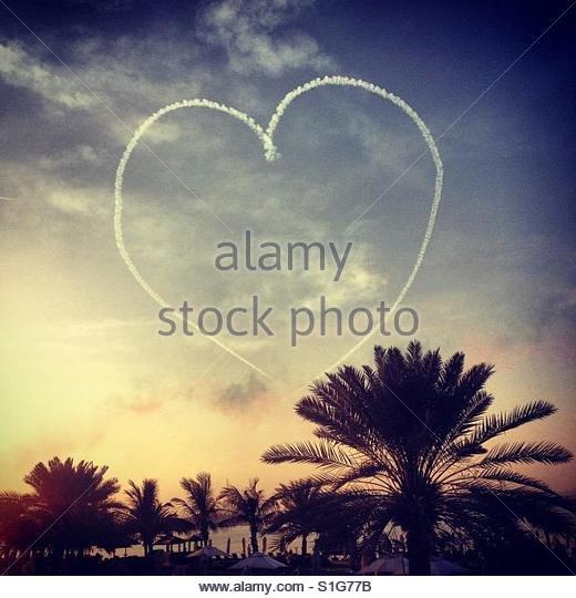 Heart in the sky - Stock-Bilder