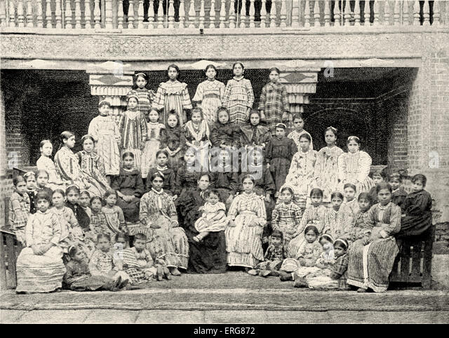 Bagdad, Iraq, Jewish Girls' School.  The Alliance Israelite Universelle, photo from late 1800s. - Stock Image