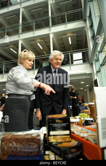 First Minister Rhodri Morgan at the The official opening of the new Wales Assembly Government offices at Aberystwyth - Stock Image