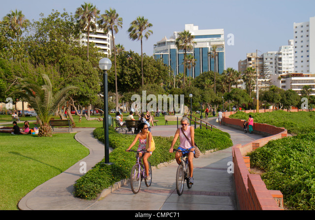 Lima Peru Miraflores Malecon de la Reserva Parque Domodossola urban park landscaping trees green space Hispanic - Stock Image