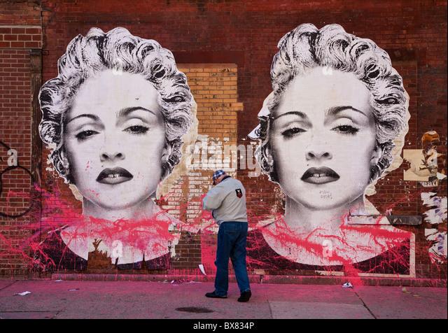 Marilyn Monroe graffiti on a wall in the Trendy Meat Packing district in New York. - Stock Image
