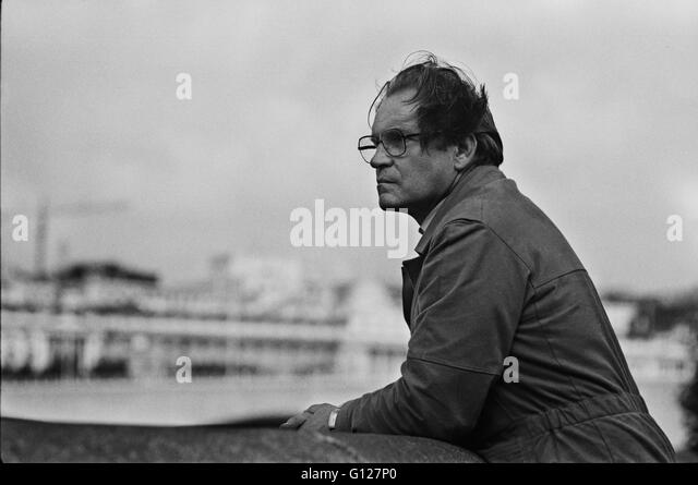 Archive image of photographer Jorge Lewinski, 1921-2008, photographed at the South Bank Centre, London, by Mark - Stock Image
