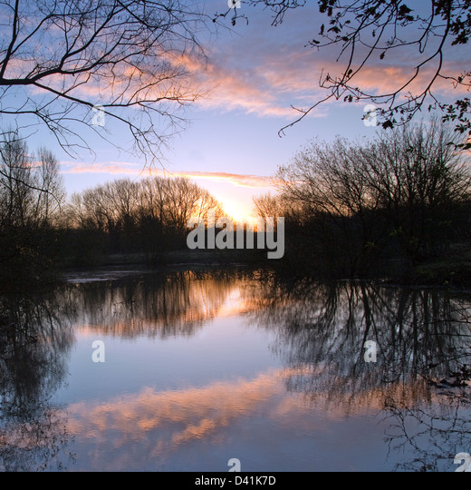 Sunrise at Croxall Lakes Nature Reserve, near Alrewas Staffordshire - Stock Image