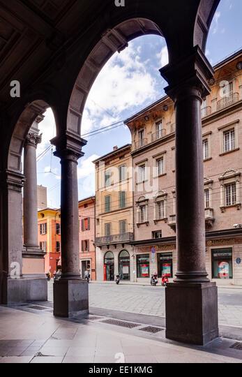via rizzoli bologna - photo#23