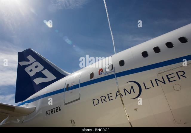 Deamliner logo along fuselage of Boeing's new 787 - Stock Image