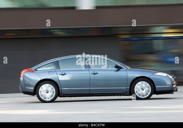 citroen c6 v6 hdi 205 stock photos citroen c6 v6 hdi 205 stock images alamy. Black Bedroom Furniture Sets. Home Design Ideas