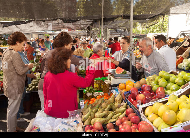 Outdoor markets spanish markets stock photos outdoor for Outdoor food market