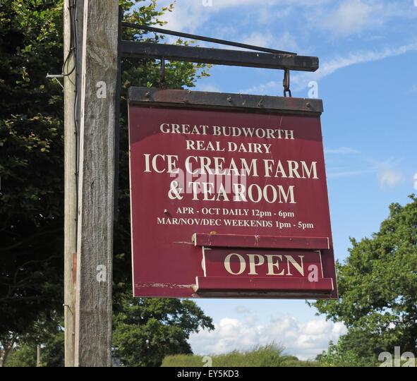 Cheshire Ice Cream Farm and Tea Room Open Sign - Stock Image