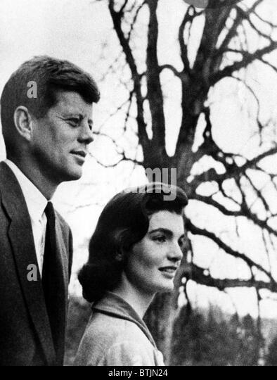 Senator John F. Kennedy, Jackie Kennedy, circa. 1956. CSU Archives/Courtesy Everett Collection - Stock-Bilder
