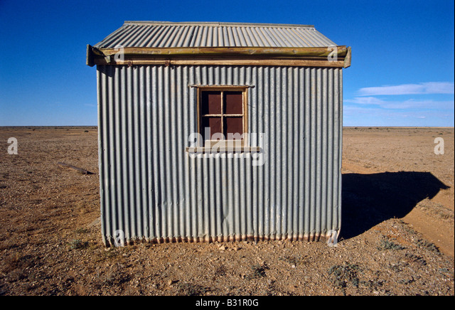 Corrugated iron tin hut - Stock Image