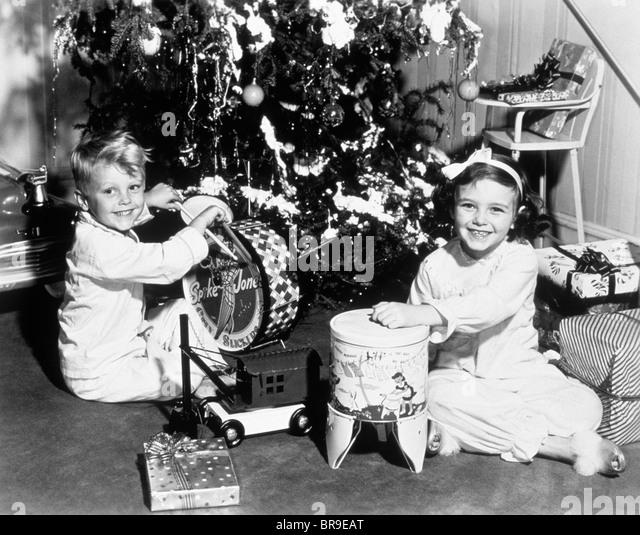 Toys For Girls In 1950 : S christmas children stock photos