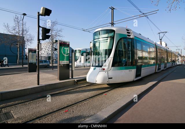paris tramway stock photos paris tramway stock images alamy. Black Bedroom Furniture Sets. Home Design Ideas