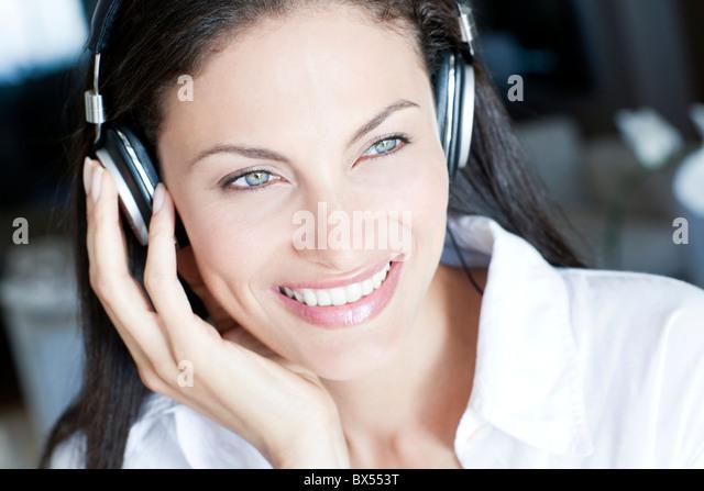 Listening to music - Stock-Bilder