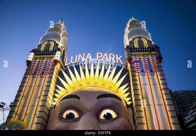 Luna park stock photos luna park stock images alamy for Puerta 7 luna park