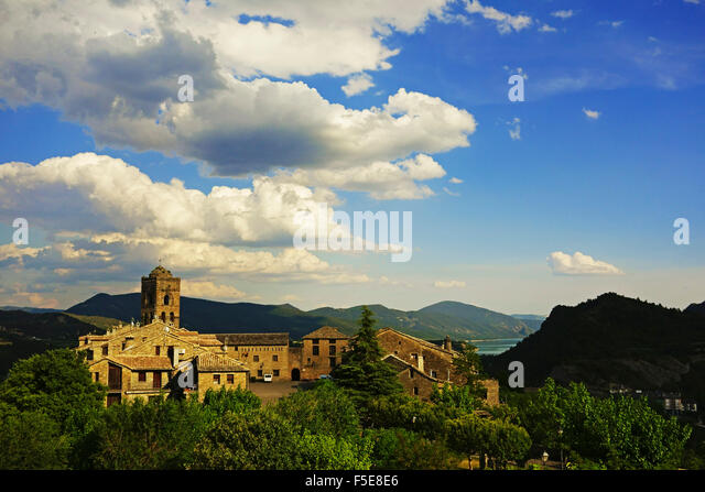 Old town of Ainsa, Huesca, Aragon, Spain, Europe - Stock Image