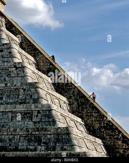 Pyramid, Temple of Kukulkan, Cichen Itza, Maya civilization in Yucatan, Mexico, Central America - Stock-Bilder