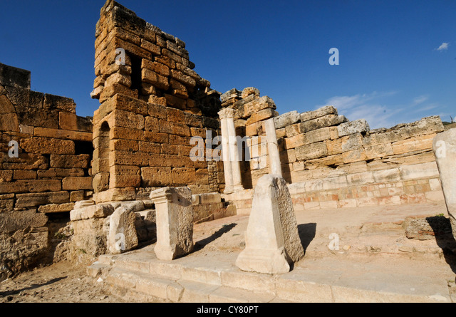 Cleopatra Bath Stock Photos & Cleopatra Bath Stock Images - Alamy