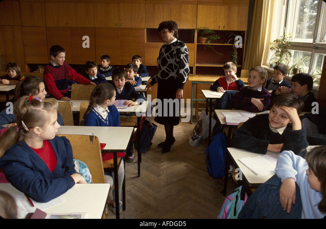 Ukraine L'vov L'viv Secondary School Number 4 foreign literature class age 11 students - Stock Image