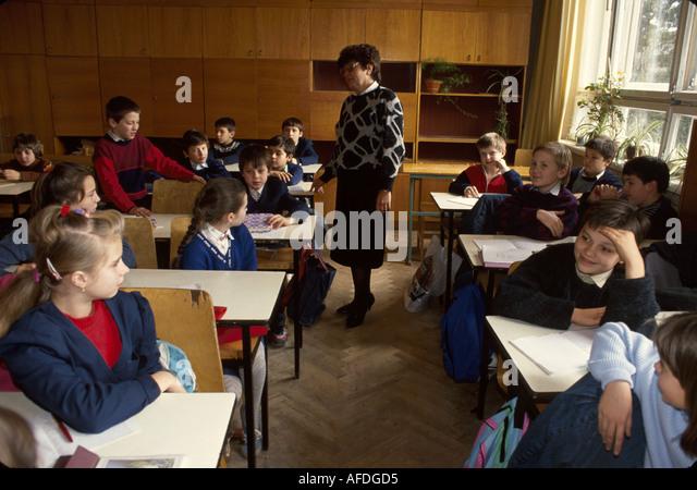 Ukraine L'vov L'viv Secondary School Number 4 foreign literature class age 11 students - Stock Image