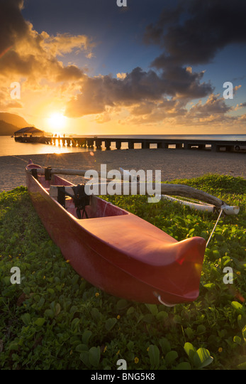 Outrigger canoe at the seaside, Hanalei harbor, Kauai, Hawaii, USA - Stock Image