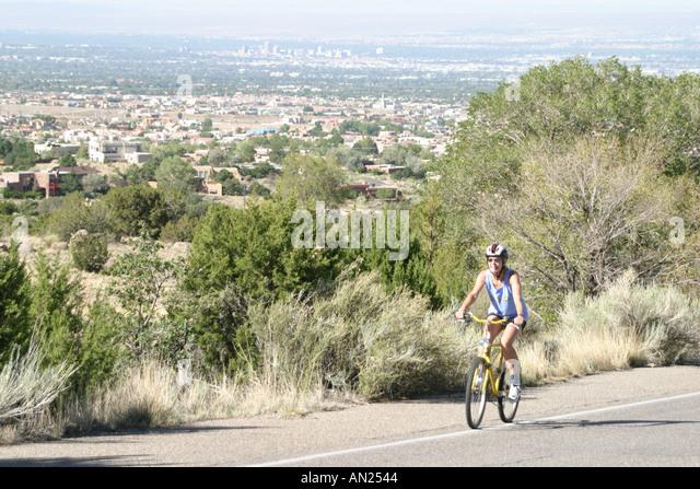 Albuquerque New Mexico Sandia Heights biker Rio Grande Valley T - Stock Image