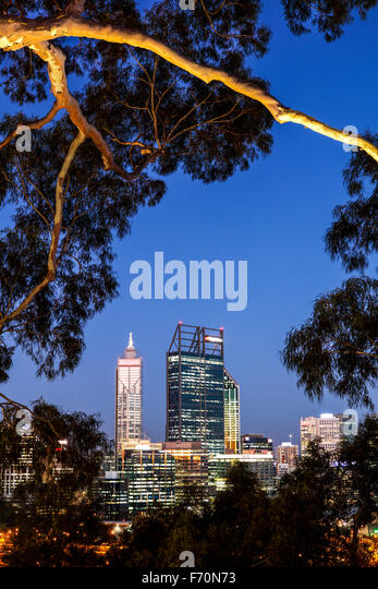 The buildings of Perth from Kings Park and Botanical Gardens. - Stock Image